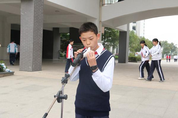 学吹奏陶笛曲《天空之城》-扬州树人学校