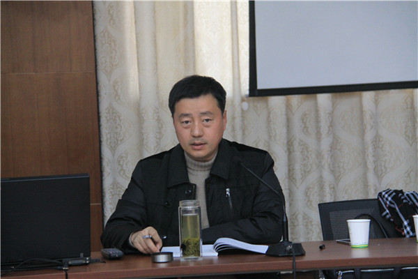 宁海星海中学校长王伟