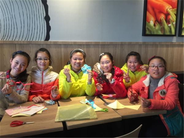 术 创新实验班剪纸社团活动分享 -扬州树人学校